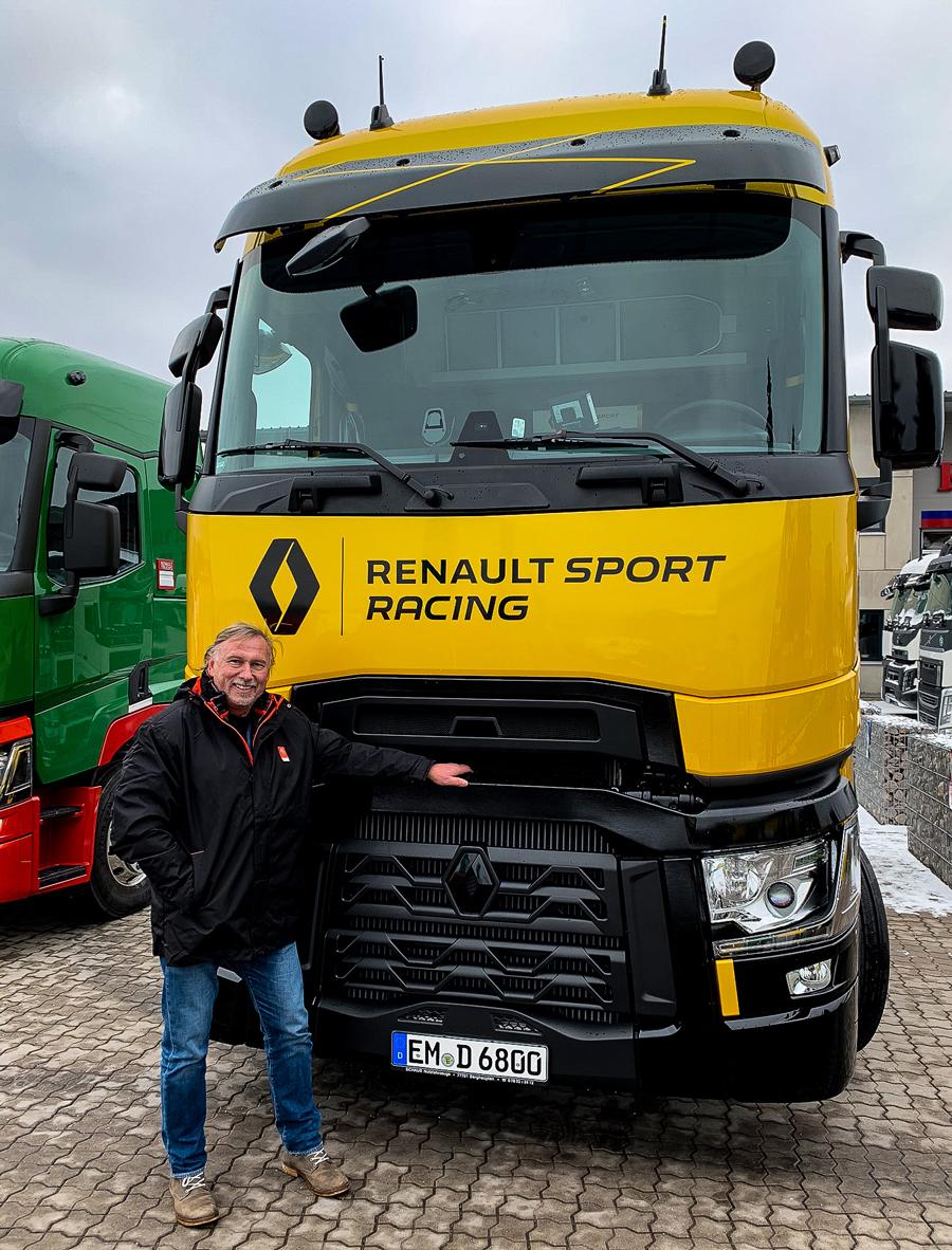 Unser Fuhrpark erhält sportlichen Zuwachs: Renault Sport Racing Sonderedition T High 520