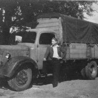 1946-ErstesFahrzeug-800px